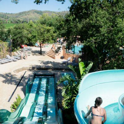 Parc aquatique en camping à Hyères avec 4 piscines