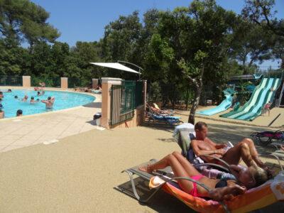 Camping Côte d'Azur Parc aquatique Piscines chauffées Transat Détente Vacances