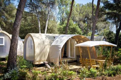 Côte d'Azur Tente montée et équipée - Vacances écologiques et  nature