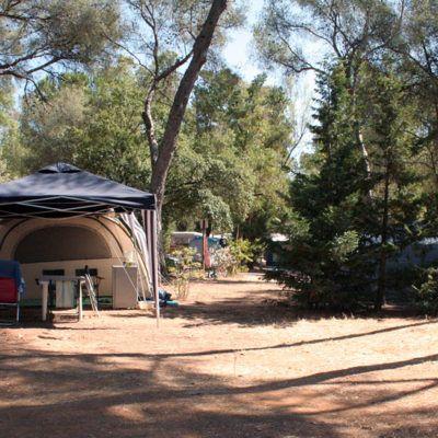 Emplacements tentes & petites caravanes en camping dans le Var