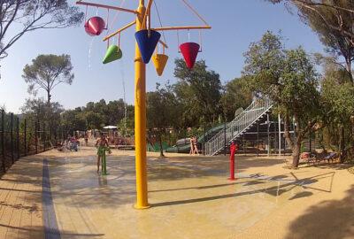 Camping Parc aquatique Jeux aquatiques Toboggans Vacances Enfants Famille