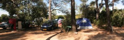 Grandes parcelles location de tentes en camping dans le Var