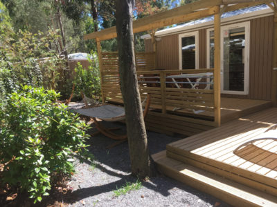 camping mobile home avec terrasse