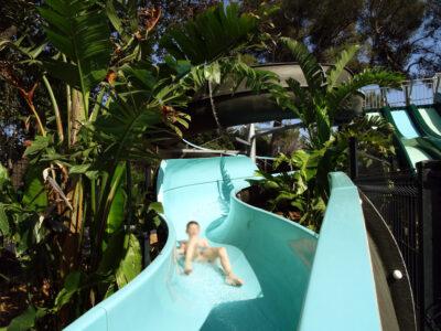 Espace aquatique Toboggan Jeux d'eau Vacances Enfant