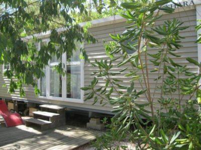 Location de mobile-home climatisé pour 4 à 6 personnes en camping familial