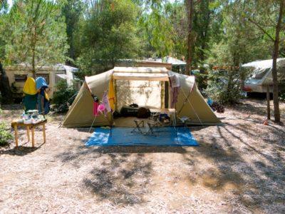 Emplacement tente en camping à La Londe - Var
