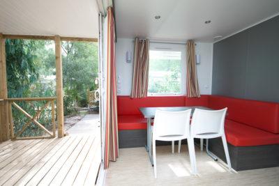Mobile-home climatisé en camping 4 étoiles dans le Var
