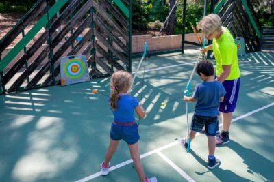 City-stade tir à l'arc activité enfants camping