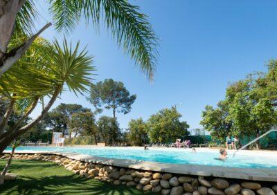 Côte d'Azur Piscines chauffées Complexe aquatique Vacances