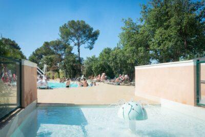 Sud France Piscine chauffée Pataugeoire chauffée Enfants Vacances