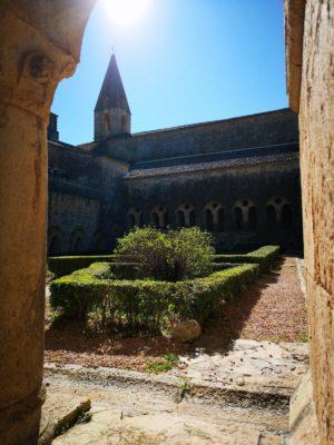 Magnifique abbaye dans le Var à deux pas du camping