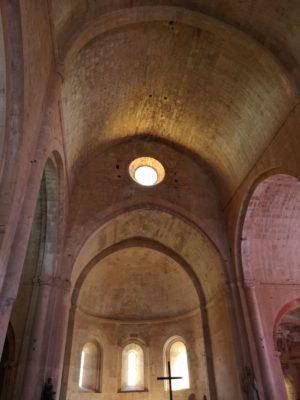Proche du camping, des abbayes et églises merveilleuses à découvrir