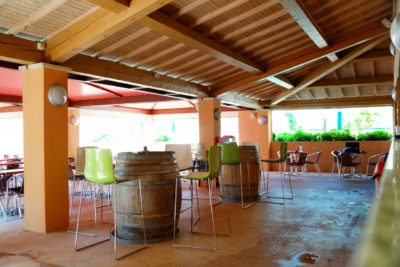 Déco terrasse du restaurant du camping - Var