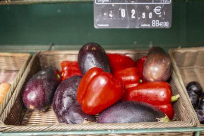 Légumes fruits marché camping Var Hyères