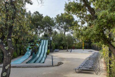Parc aquatique Enfant Piscine Toboggan Jeux aquatiques Famille