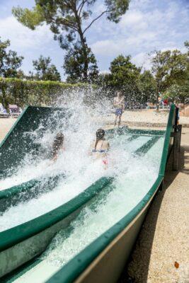 Hyères Plage Parc aquatique Toboggan Vacances
