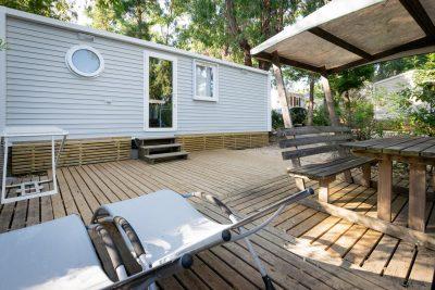 Camping La-Londe-les-Maures Mobile-home Transats confort et soleil