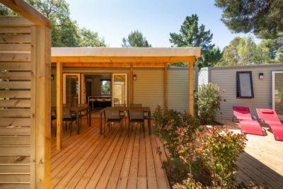 Terrasse villa - famille nombreuse - camping Var