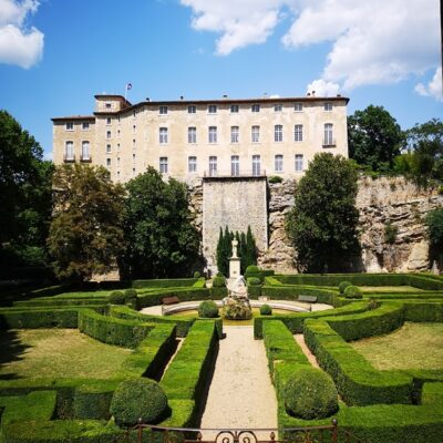 Visite du Château d'Entrecasteaux à 1h du camping