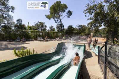 Hyères Piscine Parc aquatique Toboggan Vacances Détente